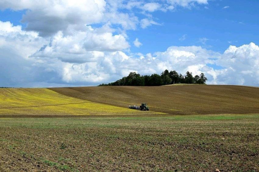 AXEMA : Selon l'Association Française des Acteurs Industriels de la filière des Agroéquipements et de l'Agroenvironnement, la reprise anticipée du marché en France et à l'international se confirme en 2018