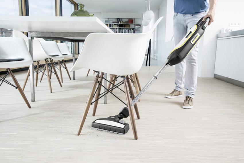 KÄRCHER Home & Garden : Découvrez le VC5, un aspirateur sans fil à batterie Lithium Ion, compact et puissant, adapté aux petits logements avec peu d'espaces de rangement pour un nettoyage en toute simplicité